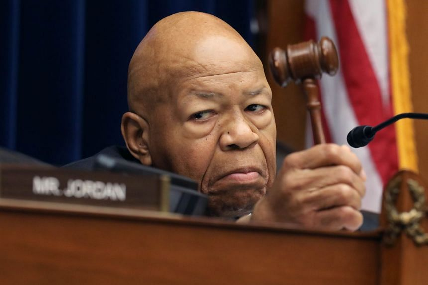 House Oversight and Government Reform Committee chairman Elijah Cummings presides over a hearing.