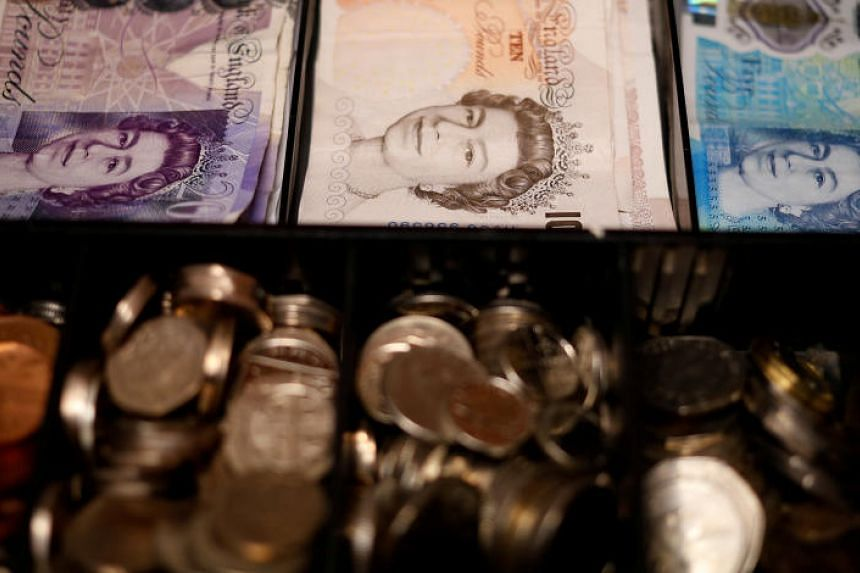 The sterling was at its strongest against the Singdollar in February this year, when one Singdollar could buy 0.5575 pound.