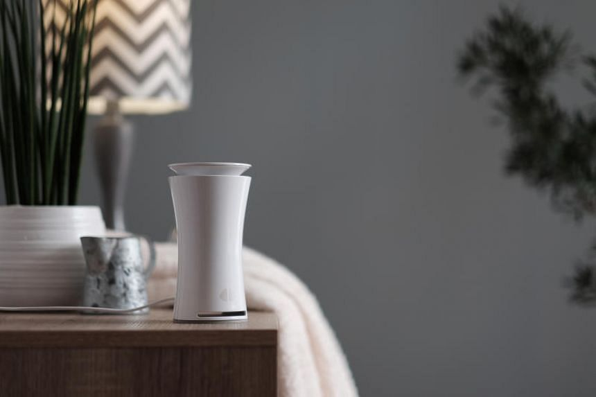 Indoor air quality sensor uHoo detects nine air quality parameters such as levels of carbon dioxide and monoxide, dust and volatile organic compounds.