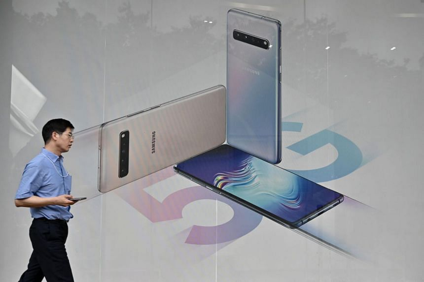 Samsung Electronics said that data centres - its biggest customers - have started buying again, causing demand to increase.