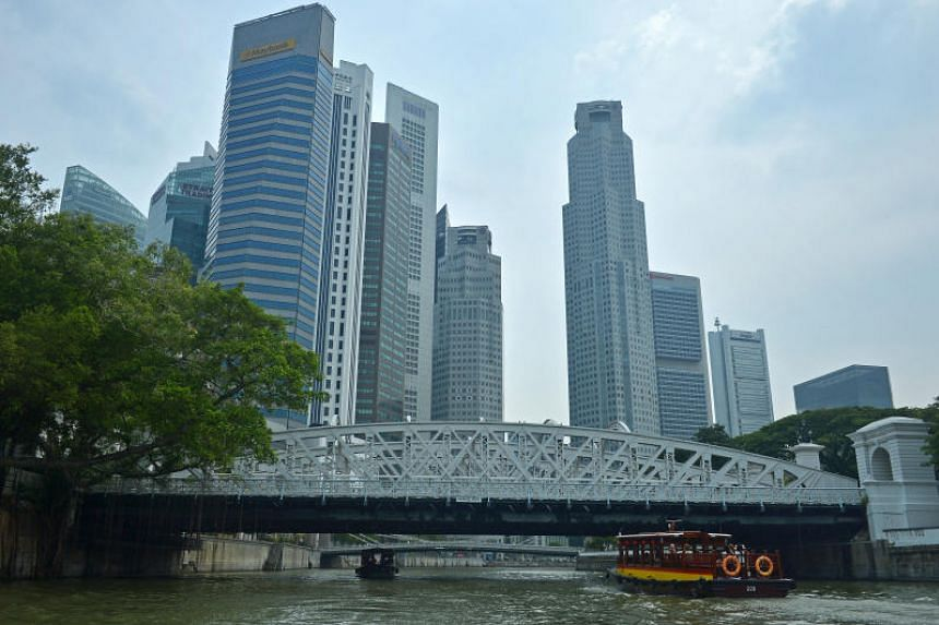 Anderson Bridge (above) was built to supplement the capacity of Cavenagh Bridge which was struggling to cope with increased vehicular and pedestrian traffic.