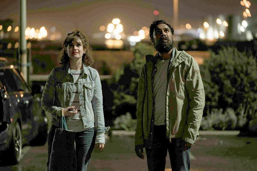 Englishman Jack (Himesh Patel)  is a struggling singer- songwriter who has the support and devotion of his best friend  Ellie (Lily James).