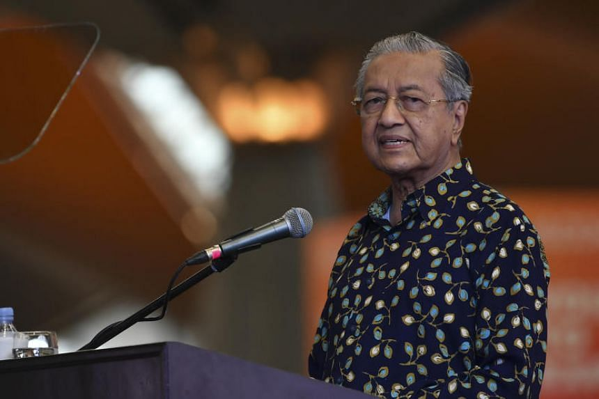 Malaysian Prime Minister Mahathir Mohamad also urged Japan and South Korea to try to resolve their dispute over historical and trade issues through dialogue, rather than confrontation.