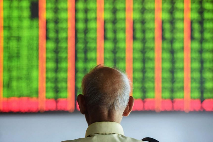 Investors have increasingly come to fear the trade war will prove protracted enough to shove the world into recession, and have piled into bonds and gold as a hedge.