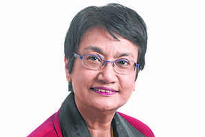 Salma Khalik.