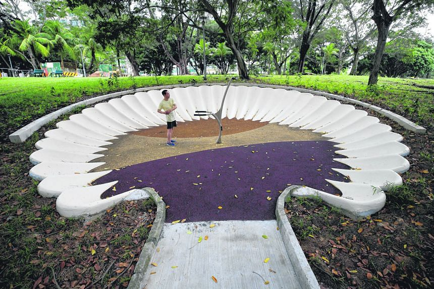 Sea Shell Park in Pasir Ris Drive 4 has fitness facilities in seashell alcoves. Pasir Ris has a total of 11 parks. Pasir Ris first appeared in print on an 1844 map as Passier Reis and is named after the long stretch of sandy white beach along the nor