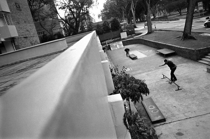 Go Sports was located at Block 6C Margaret Drive, along with a clinic, a provision shop and a music jamming studio. What made Go Sports unique was the relationship between residents and the skateboarders. The older folk from the 16-storey block did n