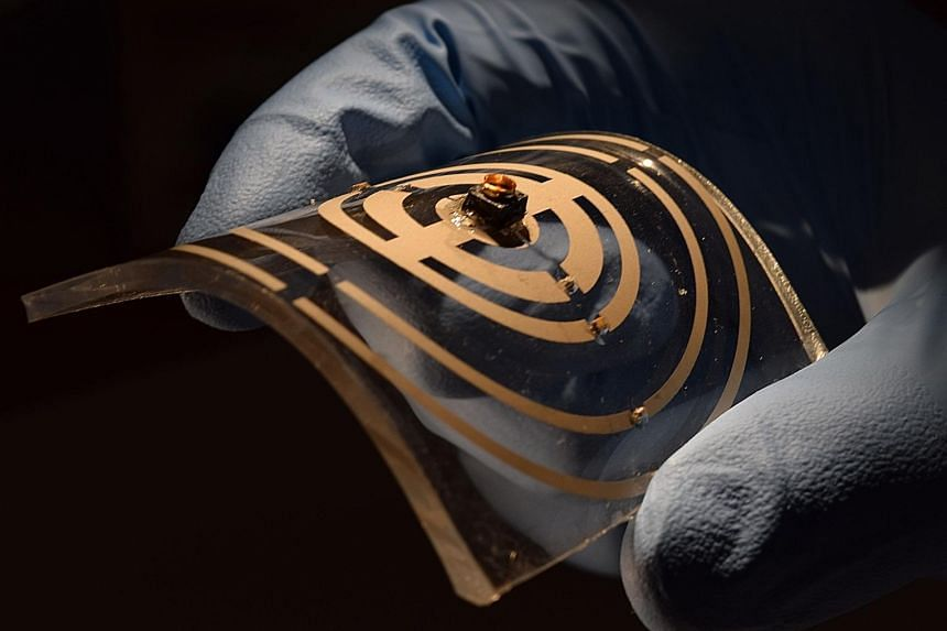 IMPLANTABLE ELECTRONIC DEVICES FOR DRUG THERAPY: These tiny, implantable wireless devices can deliver light into deep regions of the body to activate light-sensitive drugs for the precise treatment of various cancers, such as brain and liver cancer.