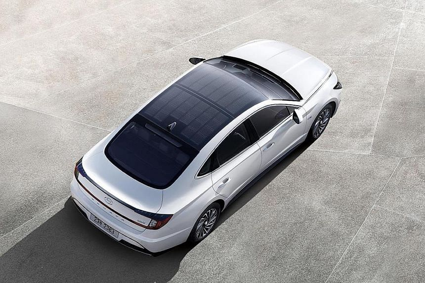 Hyundai Hybrid first car with solar roof