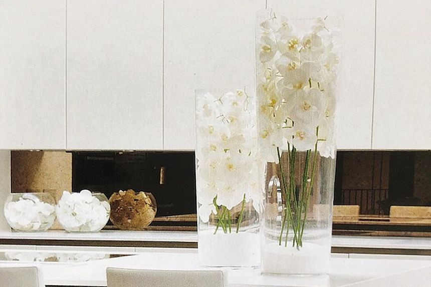 7. Give thought to how you style your dining table