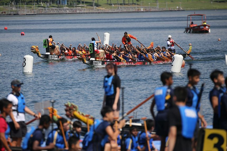 The Singapore Dragon Boat Association has seen participation in its annual inter-school competition grow to 33 secondary schools this year. ST PHOTO: ONG WEE JIN