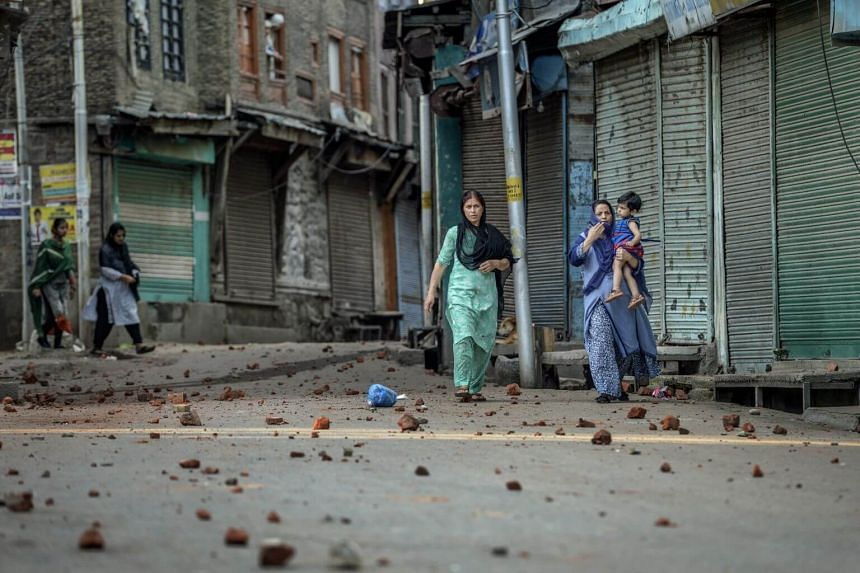 Women on the streets of Srinagar, the main city in the Kashmir territory of India, on Aug 8, 2019.