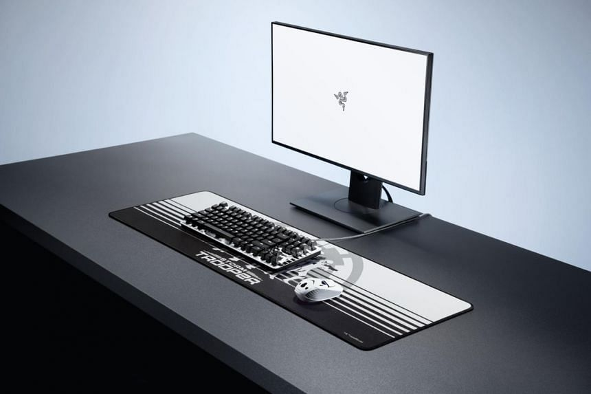 Razer's Stormtrooper Edition set consists of Razer's Blackwidow Lite mechanical keyboard, Atheris wireless mouse and Goliathus Extended mouse mat.