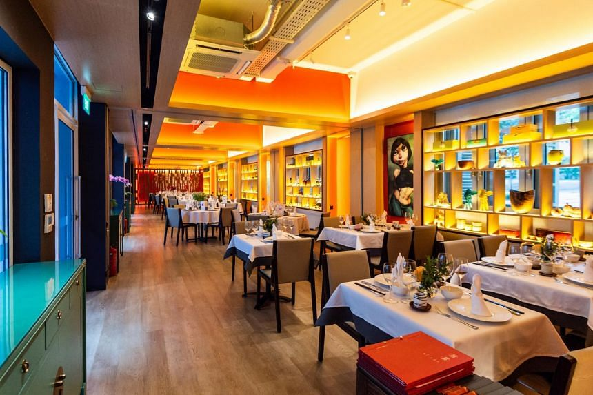 If you have not dined at Xi Yan before, you should try some of the dishes that chef Jackie Yu had developed over the years.