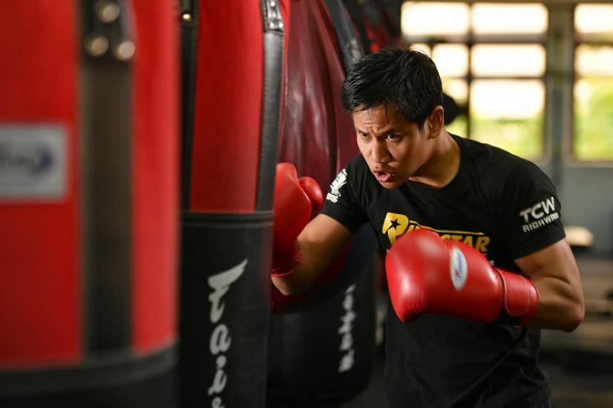 Muhamad Ridhwan is one example of a professional who bleeds and boxes for his daily bread.