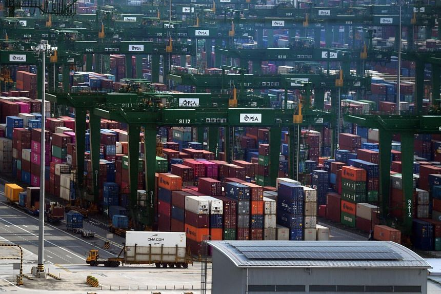 Exports to all of Singapore's top 10 markets fell, except to the US. Leading the decline were falling shipments to Japan, Malaysia and Hong Kong.