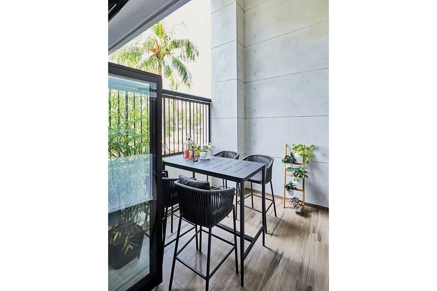 The terrace offers a lovely view of the outdoors, making it a chill-out spot.The terrace offers a lovely view of the outdoors, making it a chill-out spot.