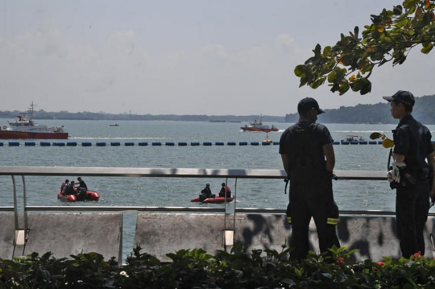 Eyewitnesses said the man was fishing near the jetty when he fell into the water and appeared to be swept away.