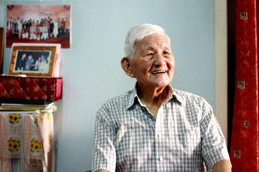 Veteran actor Bai Yan retired from acting after receiving the Special Achievement award at the Star Awards in 1996.