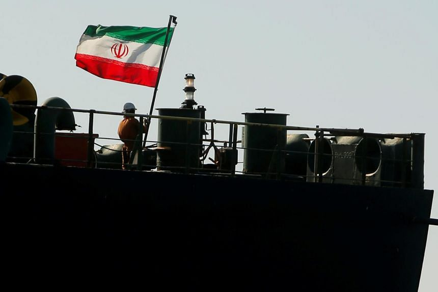 Greece 'monitoring closely' Iranian tanker, FM sources say