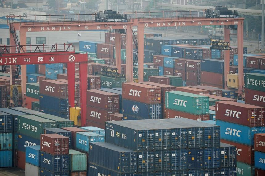 South Korea's overall imports fell 2.4 per cent for the first twenty days of August from a year earlier. Exports to the US edged down 8.7 per cent while those to Japan decreased 13 per cent.