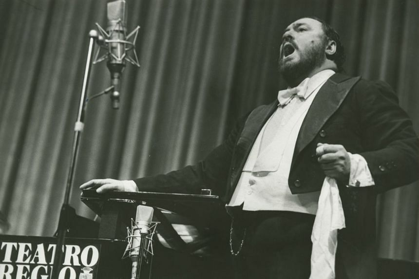 Pavarotti, directed by Ron Howard, features footage of the tenor in his prime, performing his signature songs.