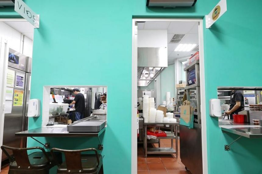 Deliveroo Food Market offers a 40-seat dine-in space and self-collection of food at Mediapolis in one-north.