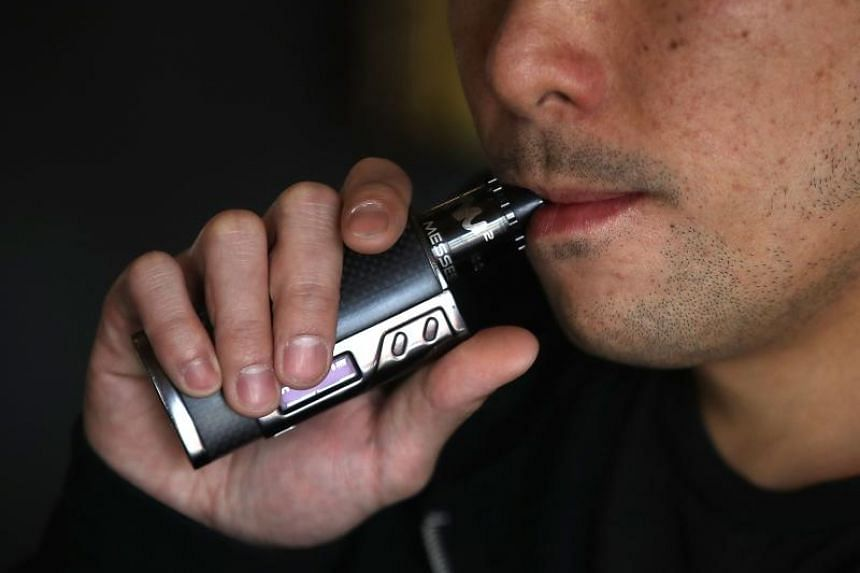 First death in a spate of vaping sicknesses reported by US health