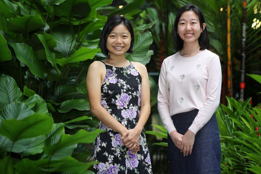 Project bECOme founder Coco Oan (at left in picture) and member Ang Li Shan became vegetarians in 2017 in a bid to reduce their carbon footprint.