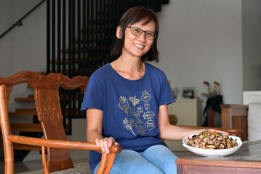 Housewife Nancy Choong shares her recipe for Hakka abacus seeds, an auspicious dish usually cooked for Chinese New Year or family gatherings.