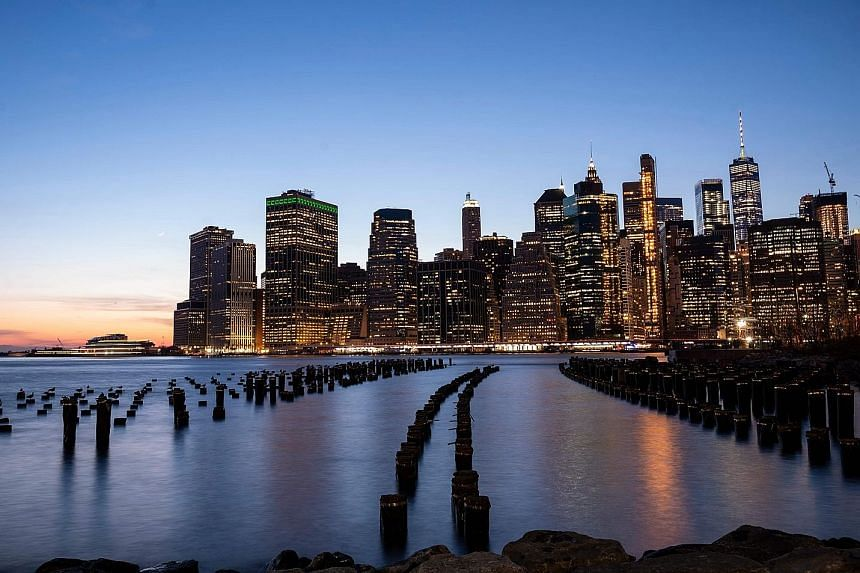Parts of Lower Manhattan in New York City are under threat from rising sea levels. In a move to counter the threat, New York Mayor Bill de Blasio in March unveiled a US$10 billion (S$13.9 billion) plan to extend Manhattan's shoreline two blocks into