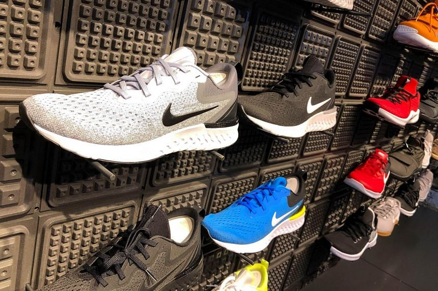 halcón Énfasis recomendar  Nike challenger says quarter of China's sportswear factories are idled,  Economy News & Top Stories - The Straits Times