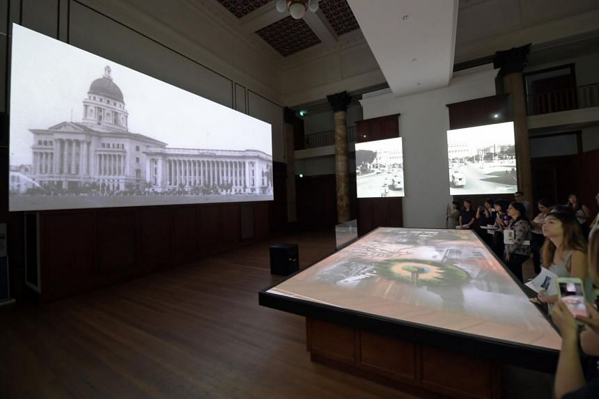 City Hall: If Walls Could Talk features a 20-minute multimedia show introducing visitors to the history of the space with the help of sound effects, video projections and an interactive screen.