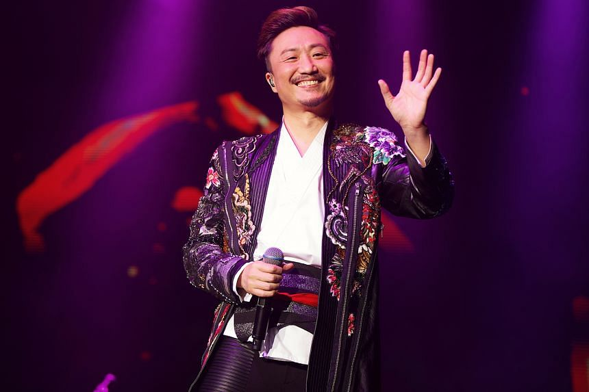 Cantopop singer-actor Ronald Cheng gave insights into his personal life and career at his concert here.