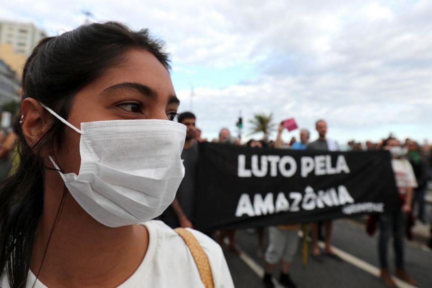 """Résultat de recherche d'images pour """"brasil, Amazonia, fire, brasil, politic, 2019"""""""