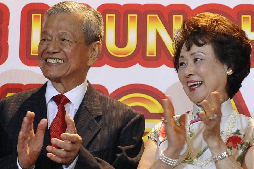 Dr Baey Lian Peck, seen here with his wife Daisy at the launch of his book, Serving A New Nation: Baey Lian Peck's Singapore Story, in 2011, left his successful business career to serve the public.