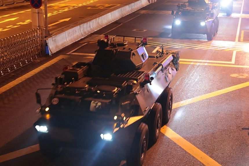 CHRF convener Jimmy Sham said he was attacked at a restaurant in Kowloon yesterday by two masked men wielding at least one baseball bat and one long knife. Police said there would be an investigation. PHOTO: AGENCE FRANCE-PRESSE Left: A photo from Ch