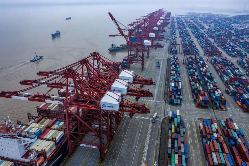 A new round of US tariffs on some Chinese goods is scheduled to take effect on Sunday, threatening to escalate an already bitter trade war.