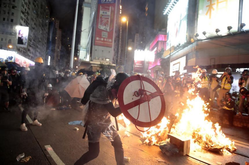 Protesters during a stand-off with police in Hong Kong on Aug 31, 2019.
