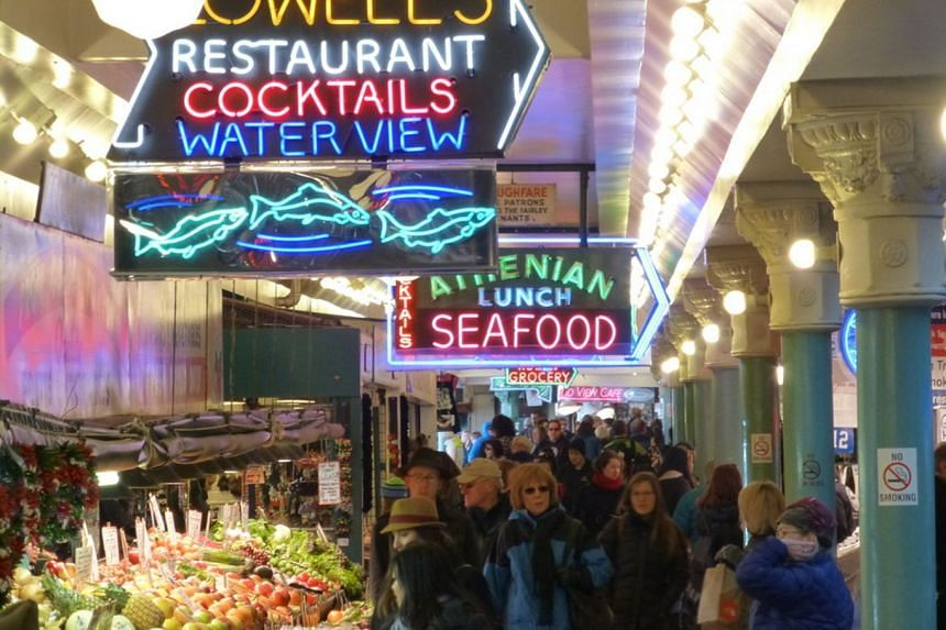 At Pike Place Market, you can join a foodie tour to sample the many artisanal goodies or pack a picnic to be enjoyed in a more tranquil spot.