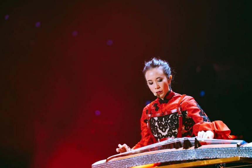 Karen Mok's representatives had also lodged a strong protest, saying the singer's reputation had been smeared by the hotel's action.