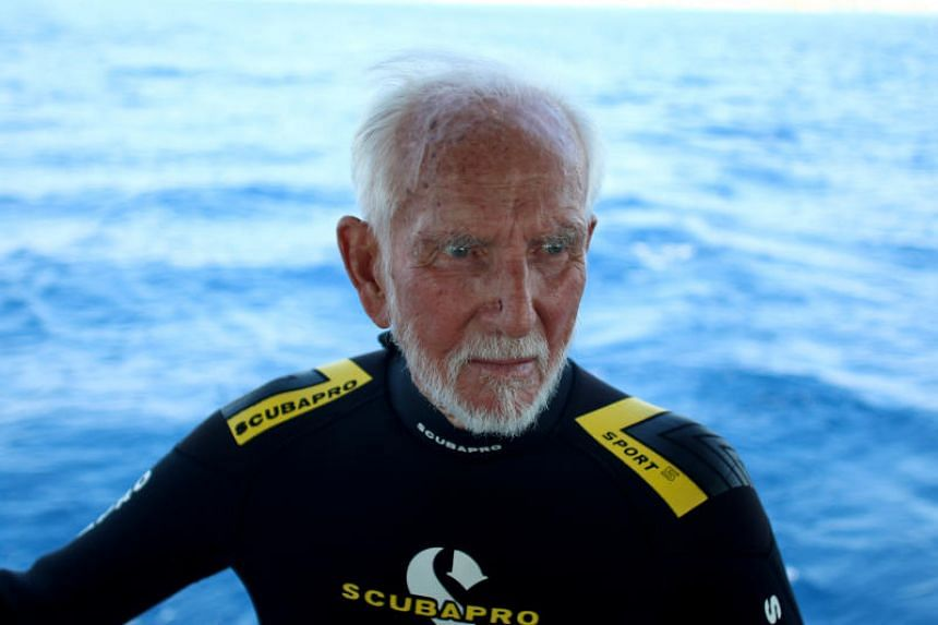 Mr Ray Woolley, 96, plunged to a depth of 42.4m for 48 minutes, beating his previous record of 40.6m for 44 minutes, the event organisers said.