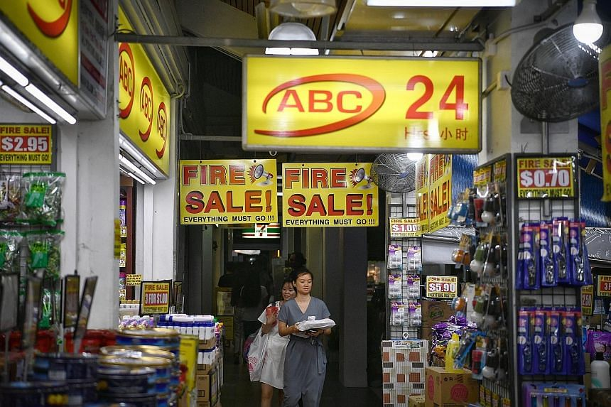 """An ABC Bargain Centre at 148 Potong Pasir Avenue 1 that is said to have put up a """"closing down sale"""" sign since November 2017, seen here in a photo taken last Wednesday. The shop is still operating at the same location. The owner of the chain says """"closin"""