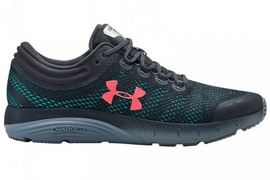 The Under Armour Charged Bandit 5 comes with two layers of Under Armour's proprietary Charged Cushioning midsole material, offering better shock absorption than its predecessors, which have one layer.