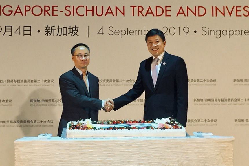 Sichuan Vice-Governor Li Yunze and Minister in the Prime Minister's Office Ng Chee Meng at the 20th Singapore-Sichuan Trade and Investment Committee meeting on Sept 4, 2019.