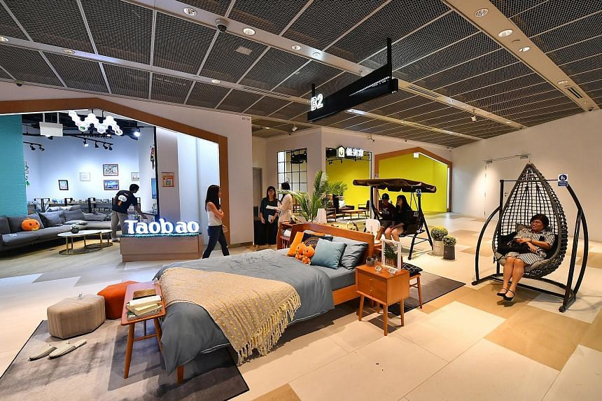 Opened last night, Taobao Store by Virmall offers more than 300 products, from furniture to kitchen appliances and clothes. The 6,000 sq ft store is about 10 times larger than Taobao's six-month pop-up at multi-label concept store NomadX in Plaza Sin