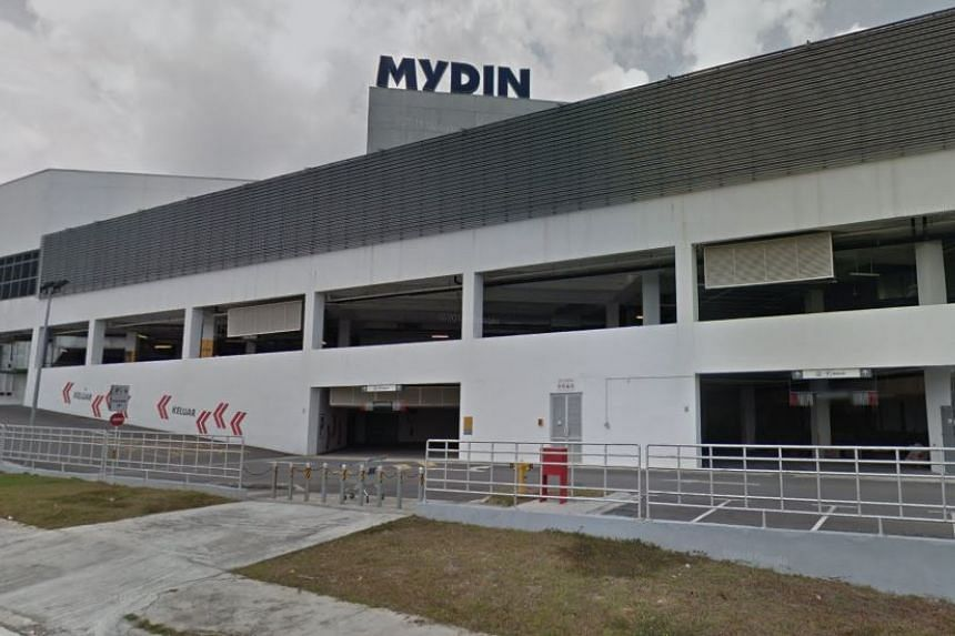 Malaysia's biggest supermarket chain Mydin removed all anti-palm products to convey the importance of palm oil to the Malaysian economy on Sept 4, 2019.