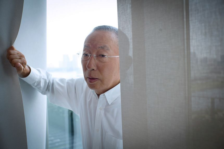 Uniqlo founder Tadashi Yanai says a woman would be more suitable for his job, and wants to increase the ratio of female senior executives in the parent company, Fast Retailing, to more than half the total.