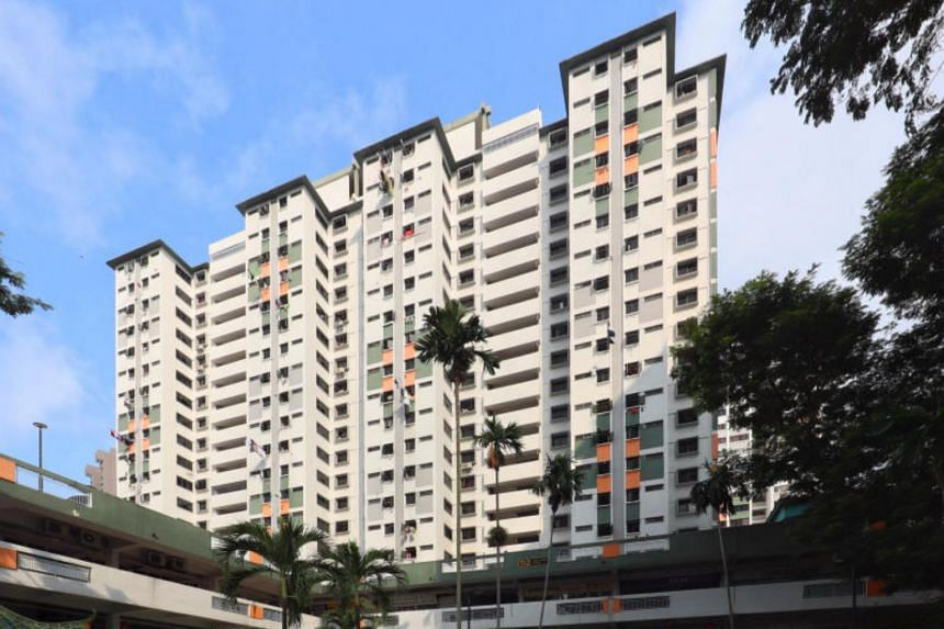 According to reports, residents at Block 52 Chin Swee Road saw police officers leaving the unit with a metal pot and a bag.