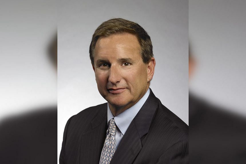 Oracle Corp CEO Mark Hurd is struggling with an illness that has occasionally taken him in and out of the public eye.